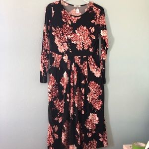 Boutique | Black with red floral dress